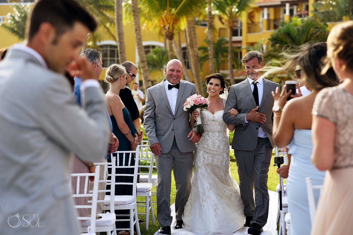 First look wedding ceremony Secrets Capri Riviera Cancun Playa del Carmen Mexico