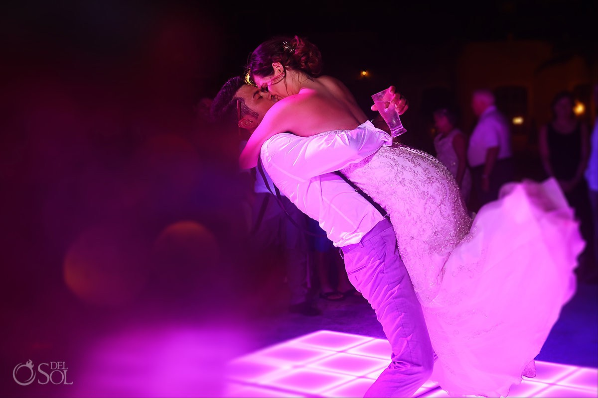 Bride and groom last dance party end Secrets Capri Riviera Cancun Playa del Carmen Mexico