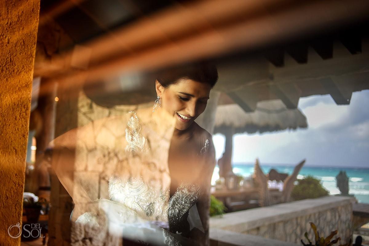 bride at Casa Corazon Playa del Carmen, Mexico.