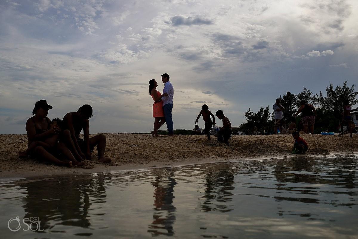 Beautiful silhouette Proposal Engagement Paradisus Playa del Carmen La Esmeralda