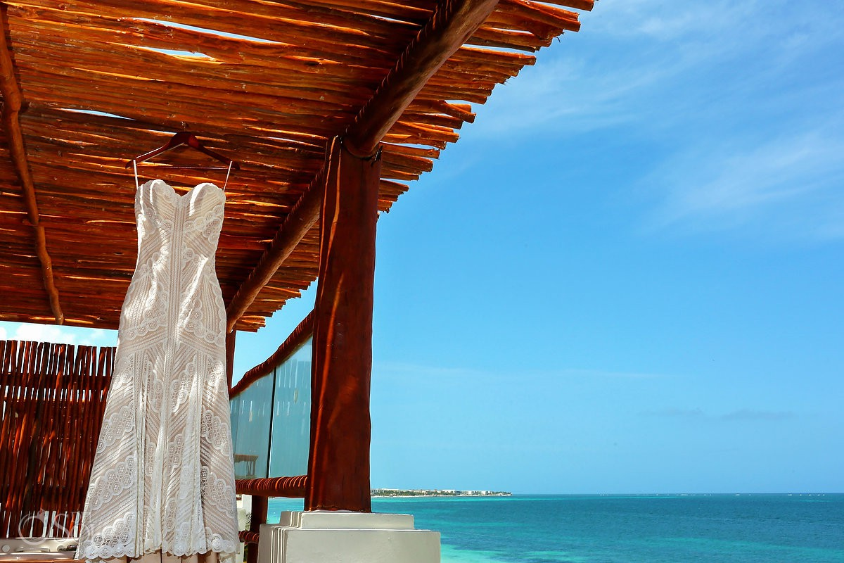 Wedding Dress amazing view Now Sapphire Riviera Cancun Riviera Maya Mexico