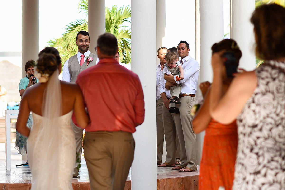 Groom First Look Wedding Now Sapphire Riviera Cancun Riviera Maya Mexico