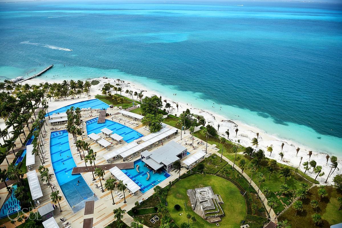 Areal photography Riu Palace Peninsula Resort Cancun Mexico