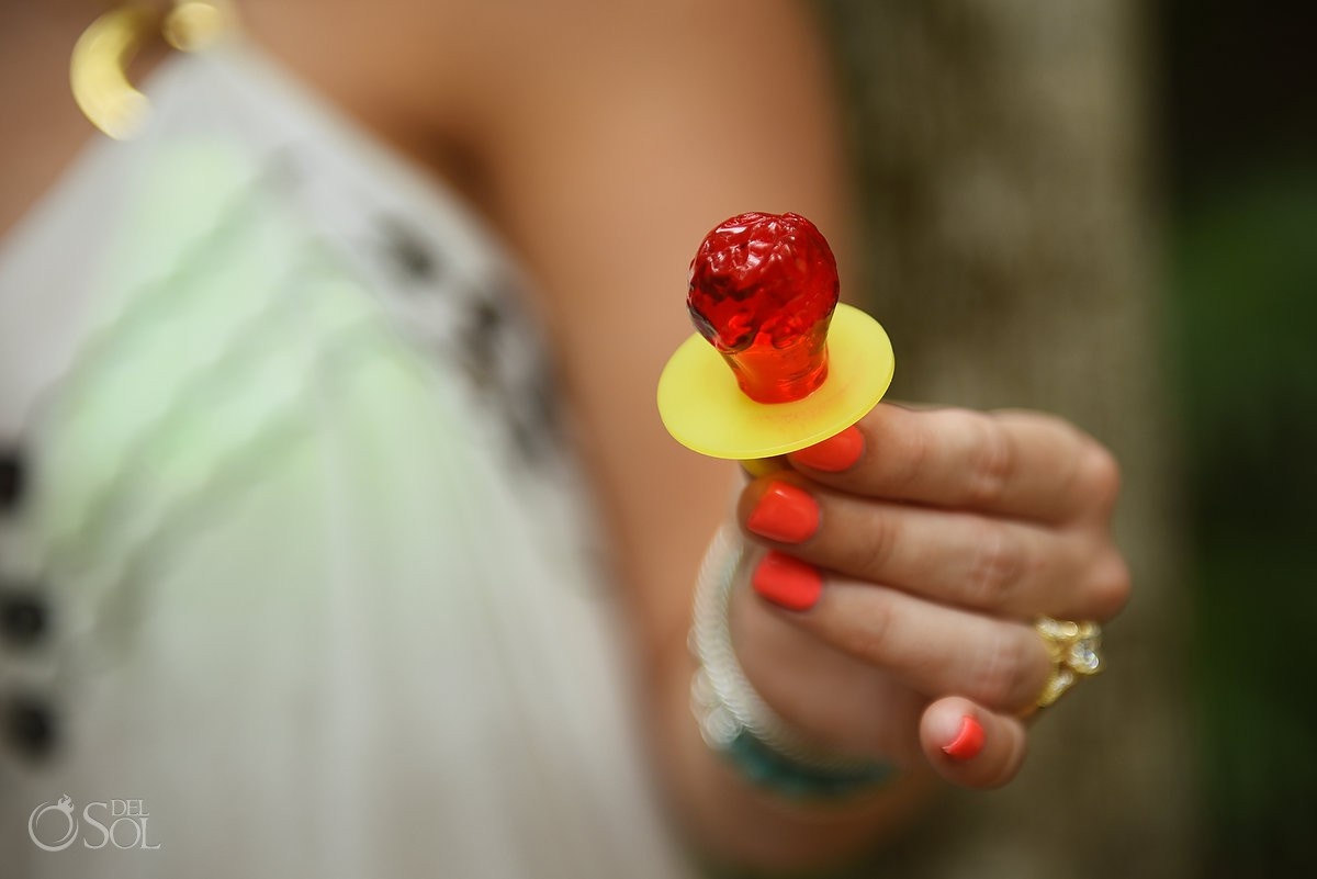 a ring pop was involved in the best wedding proposal ever