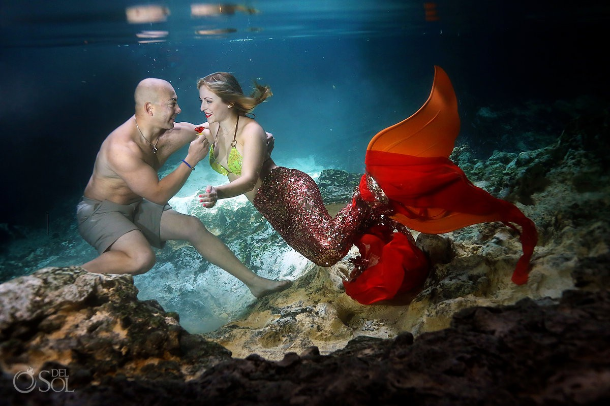 Riviera maya engagement del sol photography underwater photography The best wedding proposal ever*