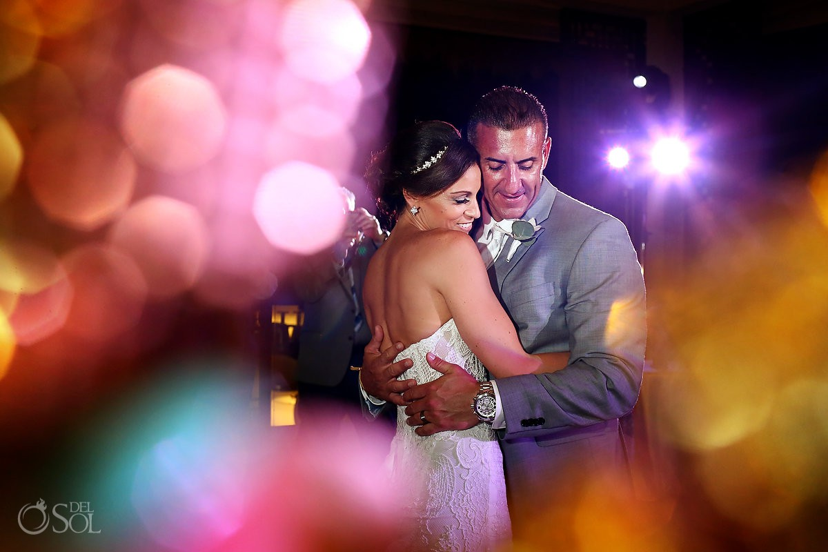Artistic first dance photo destination wedding Reception Gabi club Paradisus Playa del Carmen La Perla Mexico