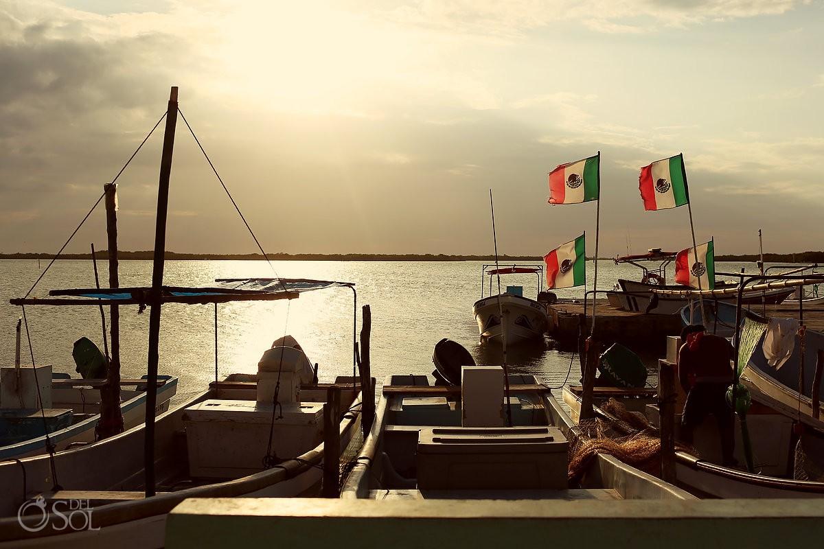 rio lagartos pink romance sunset photography mexican flags