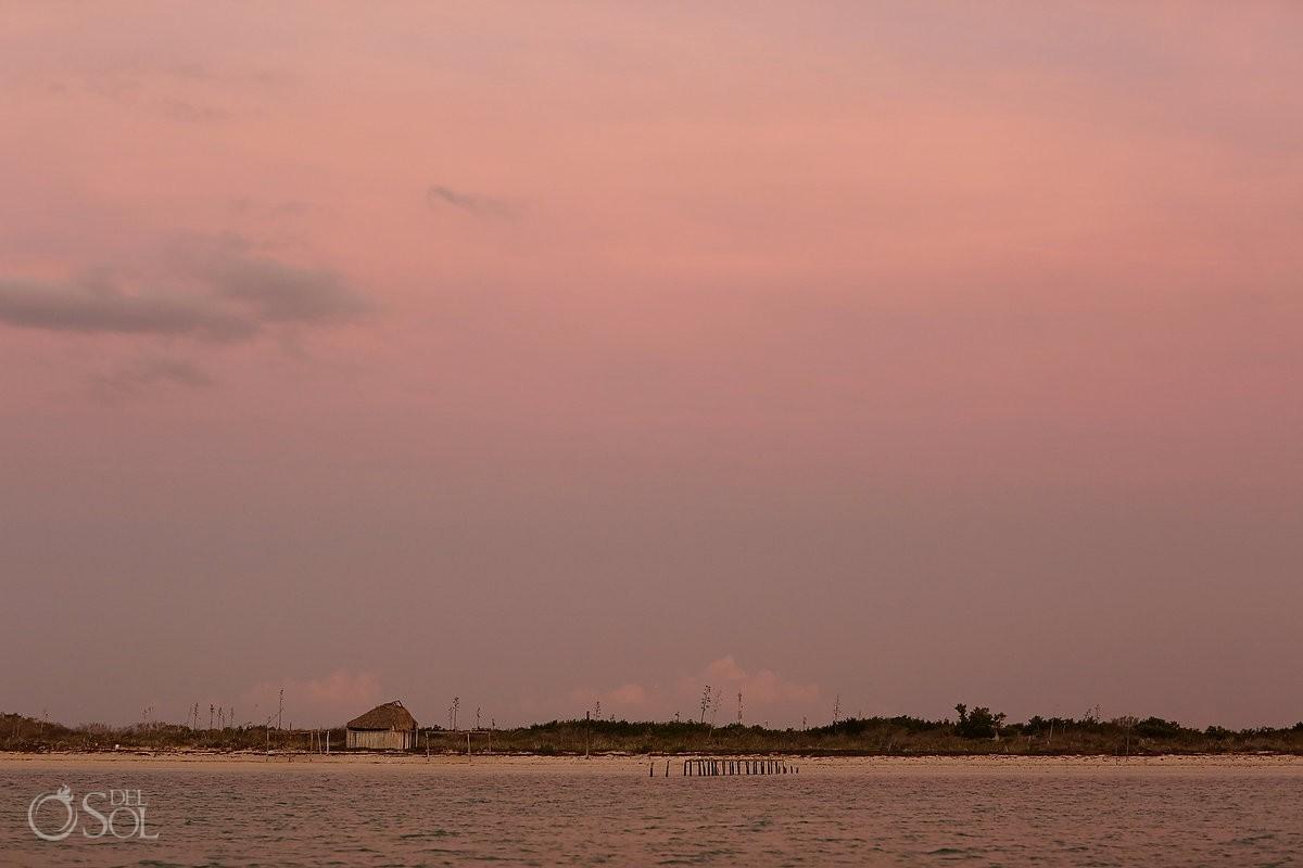 Rio lagartos pink romance sunset rose sky at night yucatan mexico adventure #ExperienciasInfinitas