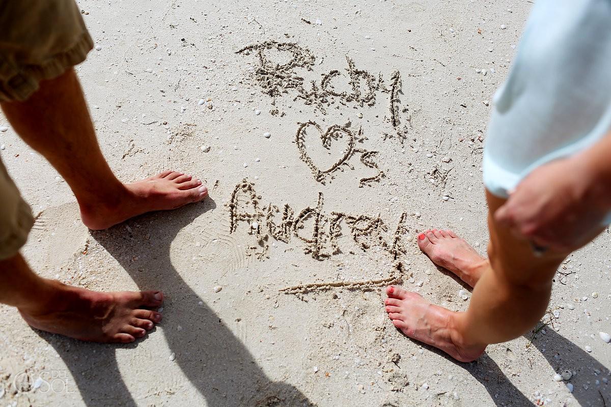 Audrey Richy written in the sand rio lagartos yucatan mexico pink romance #ExperienciasInfinitas