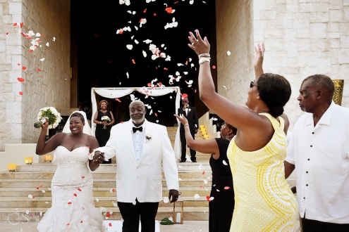 Magic moments just married celebration Dreams Riviera Cancun Resort, Mexico