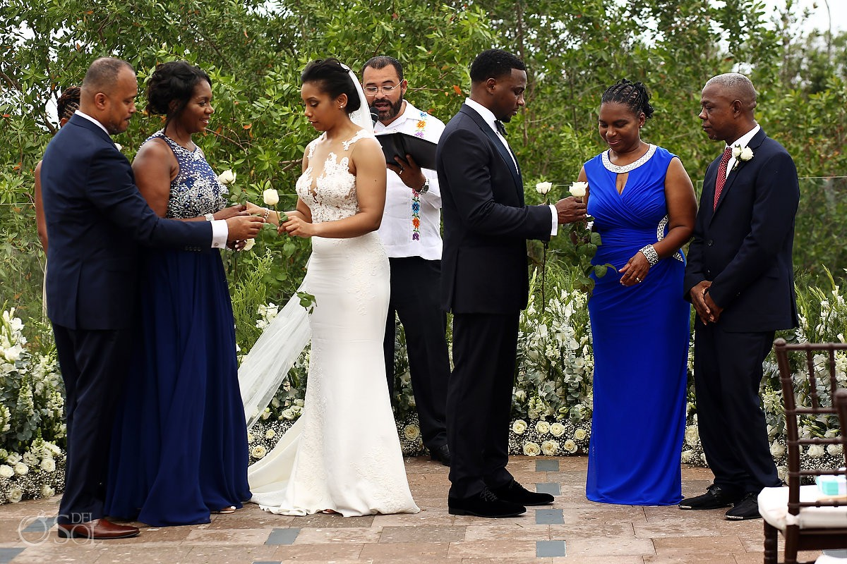 Banyan Tree Mayakoba Wedding photo love story