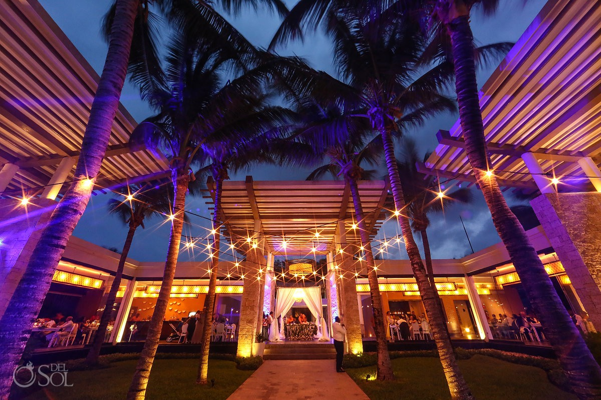Wedding Coordinator: Regina Brooks - Régine Danielle Events Banyan Tree Mayakoba wedding reception designer