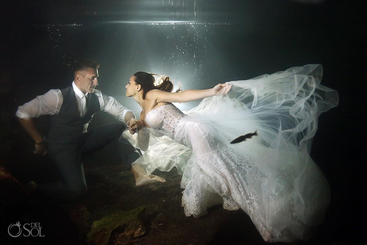 underwater wedding photo cenote trash the dress Riviera Maya Mexico