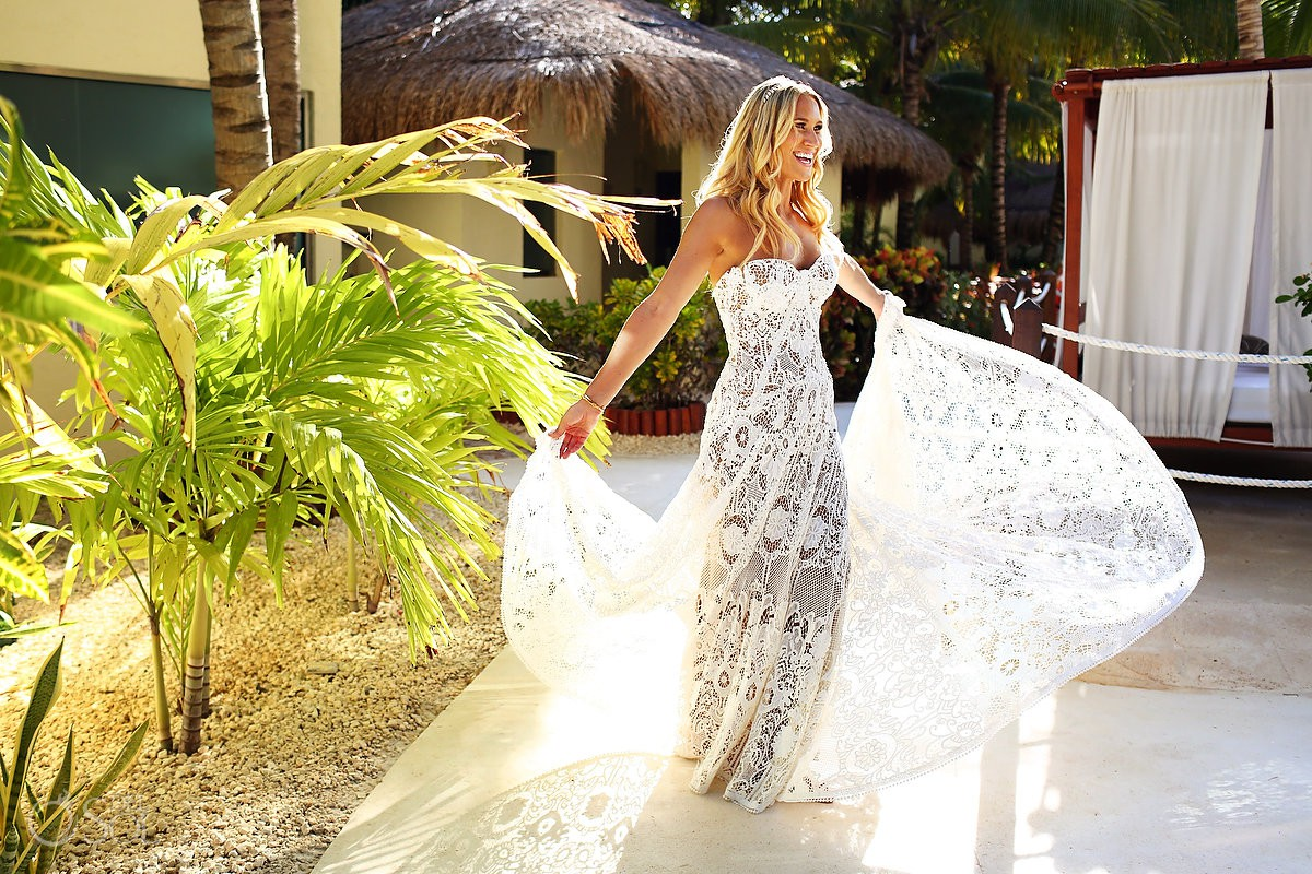 bride portrait beautiful light destination wedding El Dorado Maroma Playa del Carmen Mexico