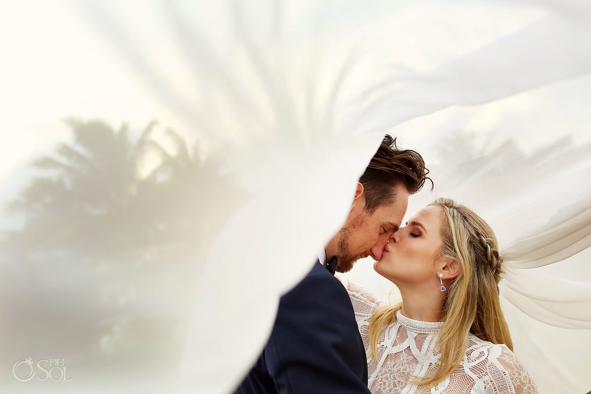 Grand Velas Beach Wedding photographs