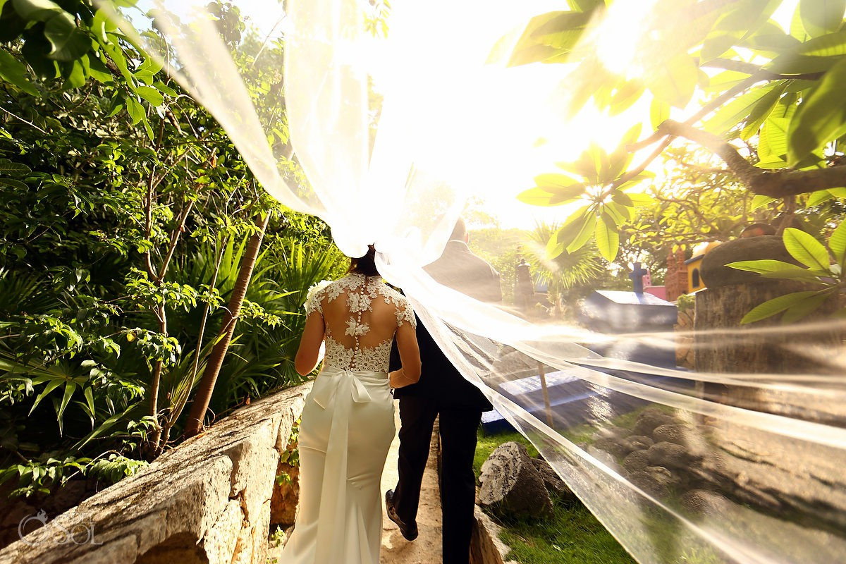 Veil photography ideas Guadalupe Chapel Xcaret Park and Hotel Hard Rock Riviera Maya Mexico