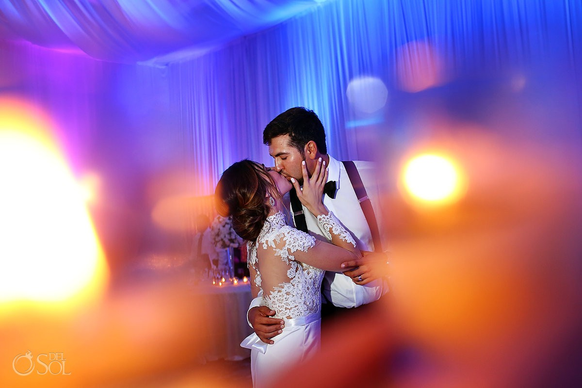 Bride amd groom creative photography Hotel Hard Rock Riviera Maya Mexico