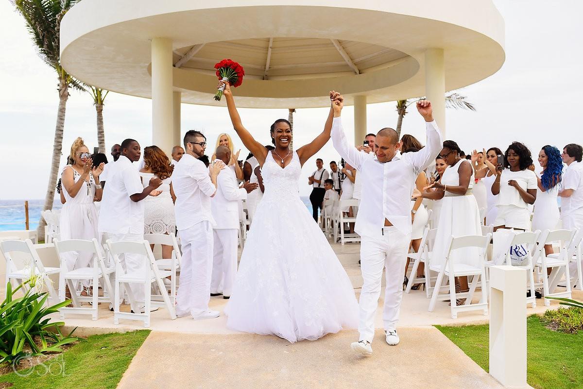 Hyatt Ziva Cancun destination wedding photography