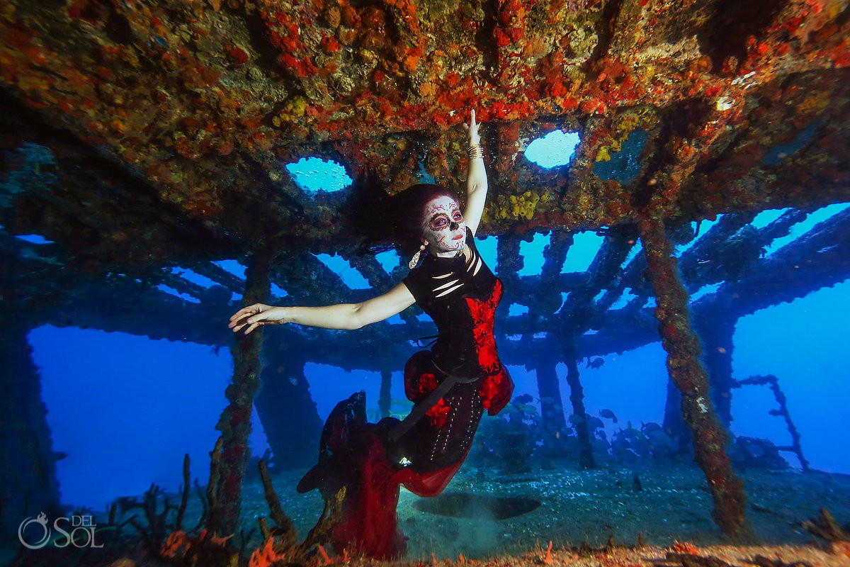 Underwater photoshoot mermaid Catrina Cancun Shipwreck fine art conservation project