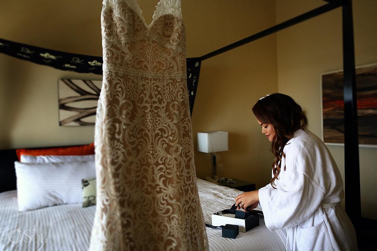 Bride getting ready Dreams Puerto Aventuras Riviera Maya Mexico