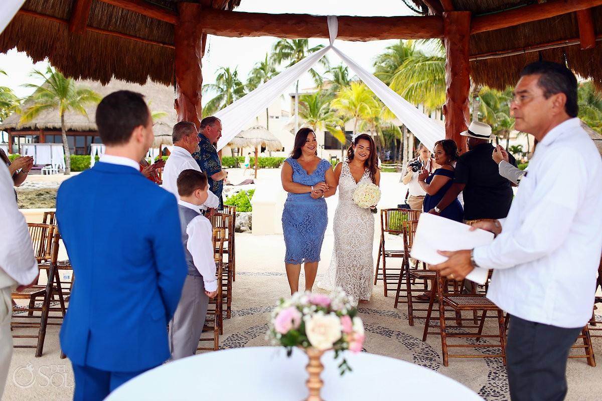 First look Destination wedding ceremony Dreams Puerto Aventuras Riviera Maya Mexico