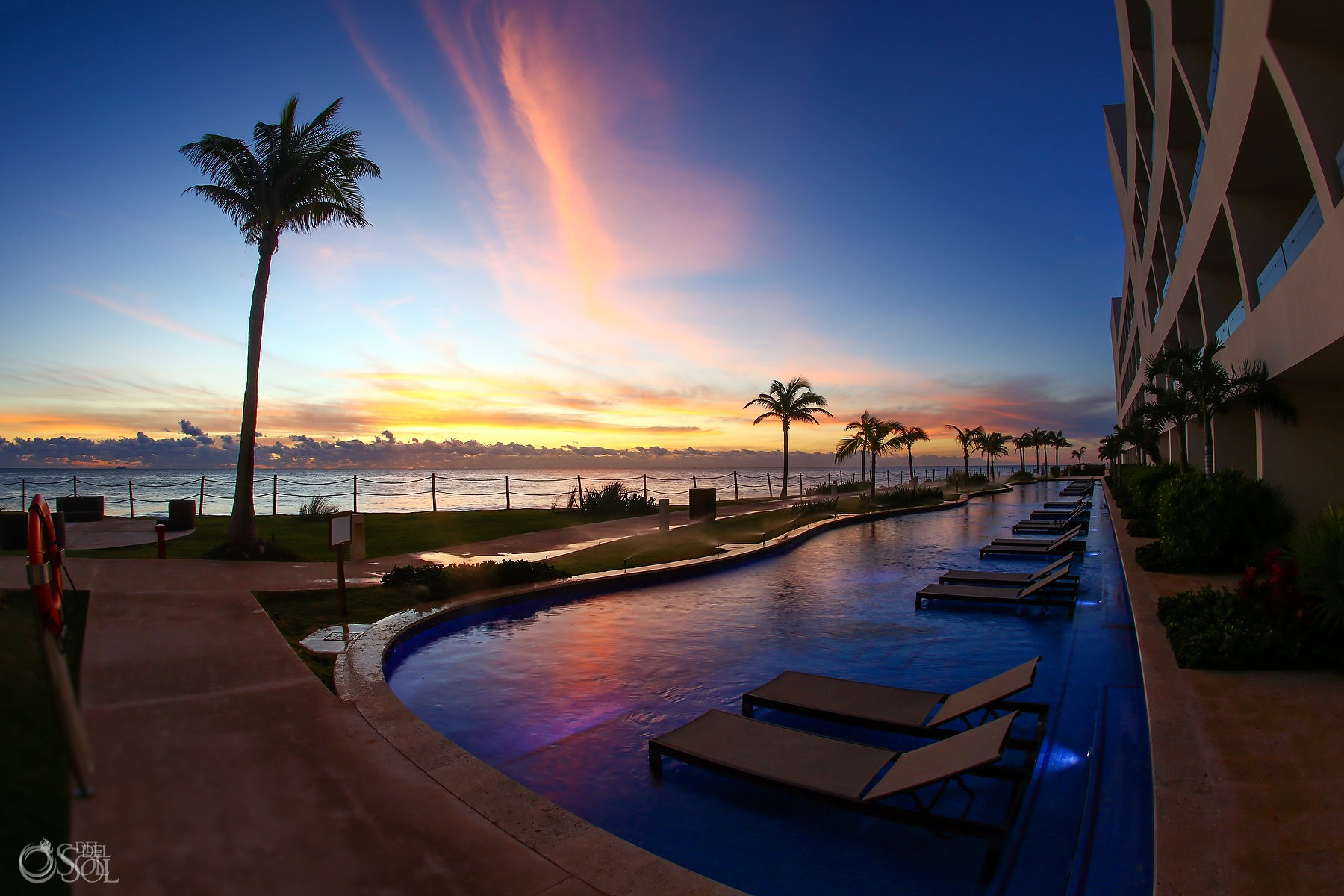 Sunset at Hyatt Ziva Cancun, Mexico del sol photography