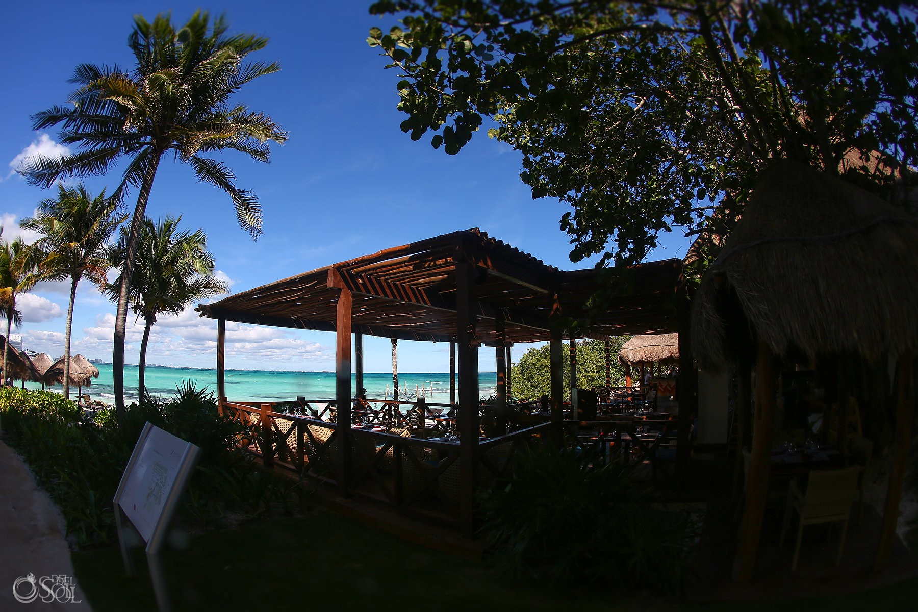 Luxury destination wedding venue Hyatt Ziva Cancun, Mexico by del sol photography
