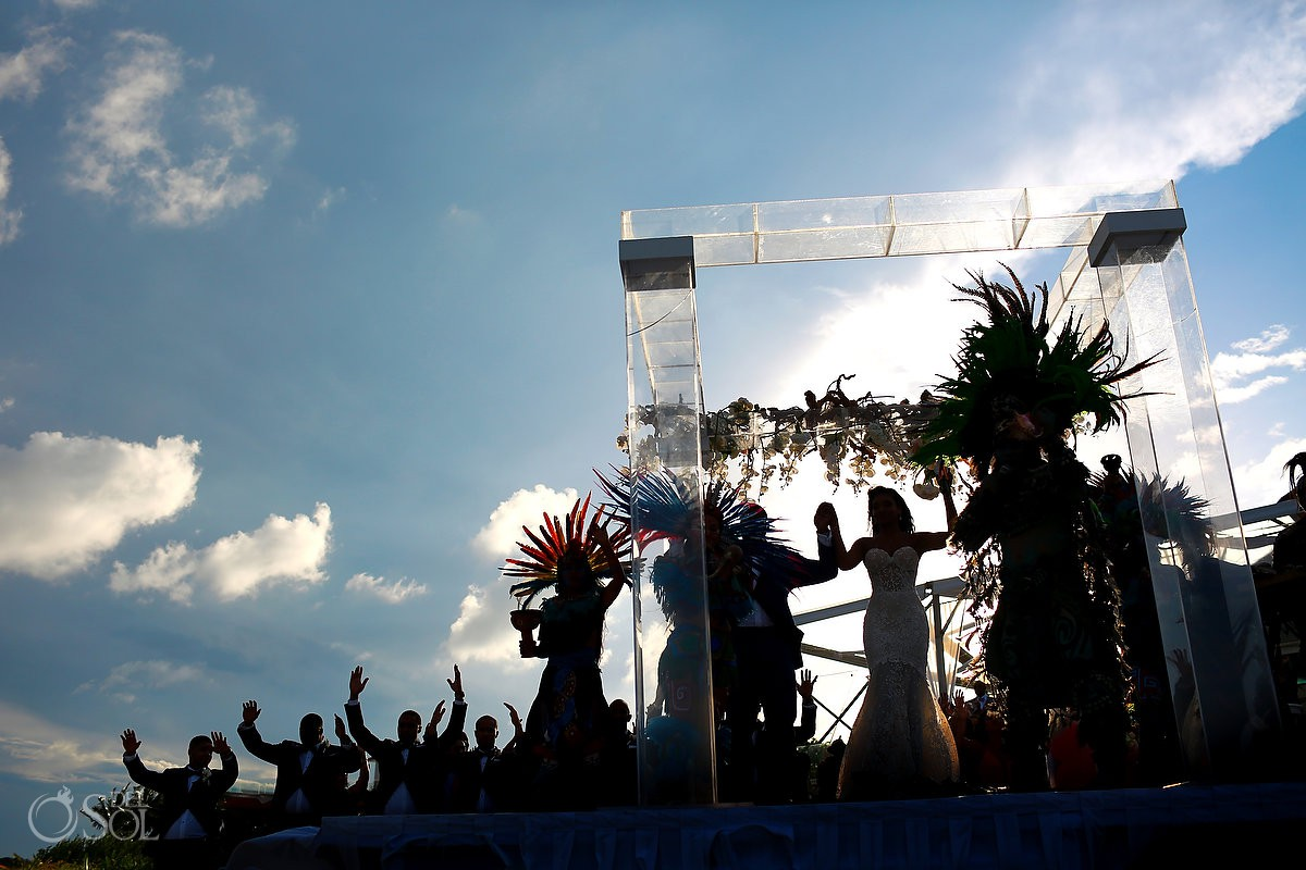 Kay Club wedding Creative mayan ceremony silhouette Bahia Petempich Cancun Mexico