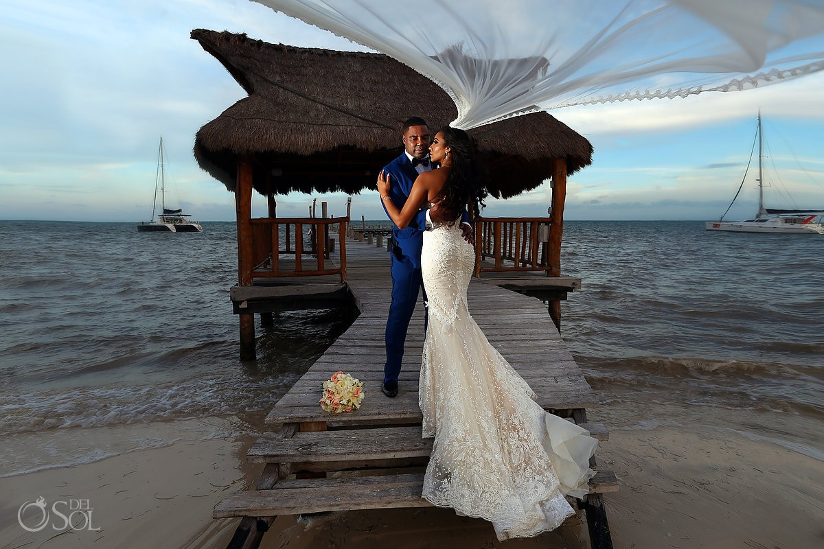 Kay Club wedding portraits Bahia Petempich Cancun Mexico