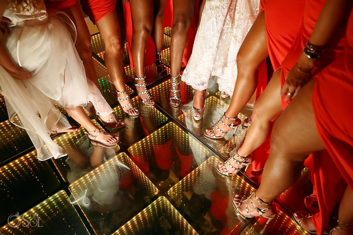 Bride and bidesmaids sexy shoes wedding reception Kay Club Bahia Petempich Cancun Mexico