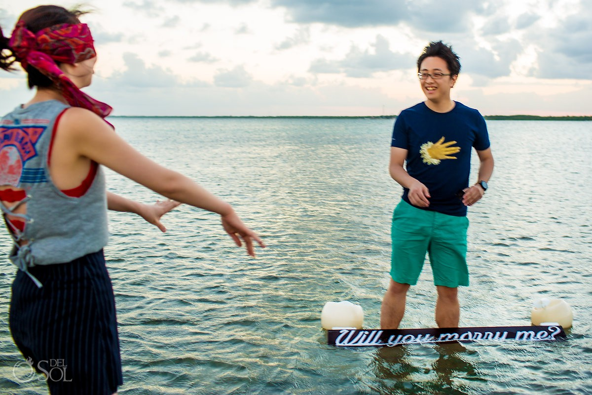 Cancun marriage proposal ideas sunset boat cruise engagement Mexico
