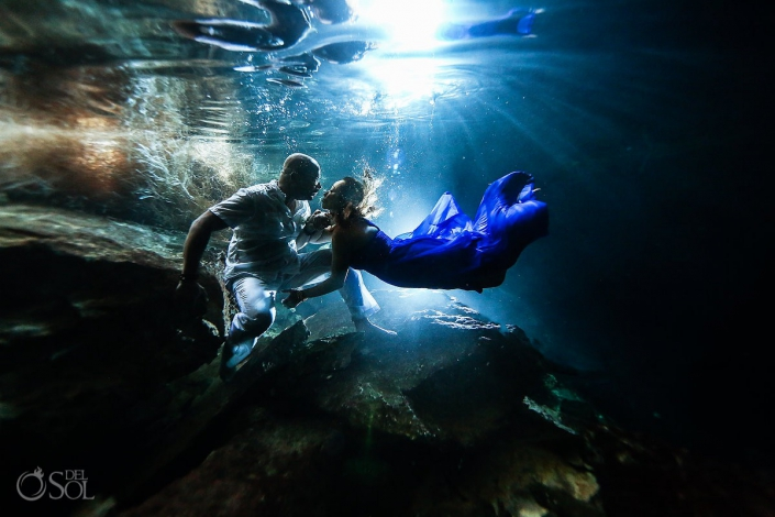 Underwater photography Elopement adventure Riviera Maya Cenote Mexico