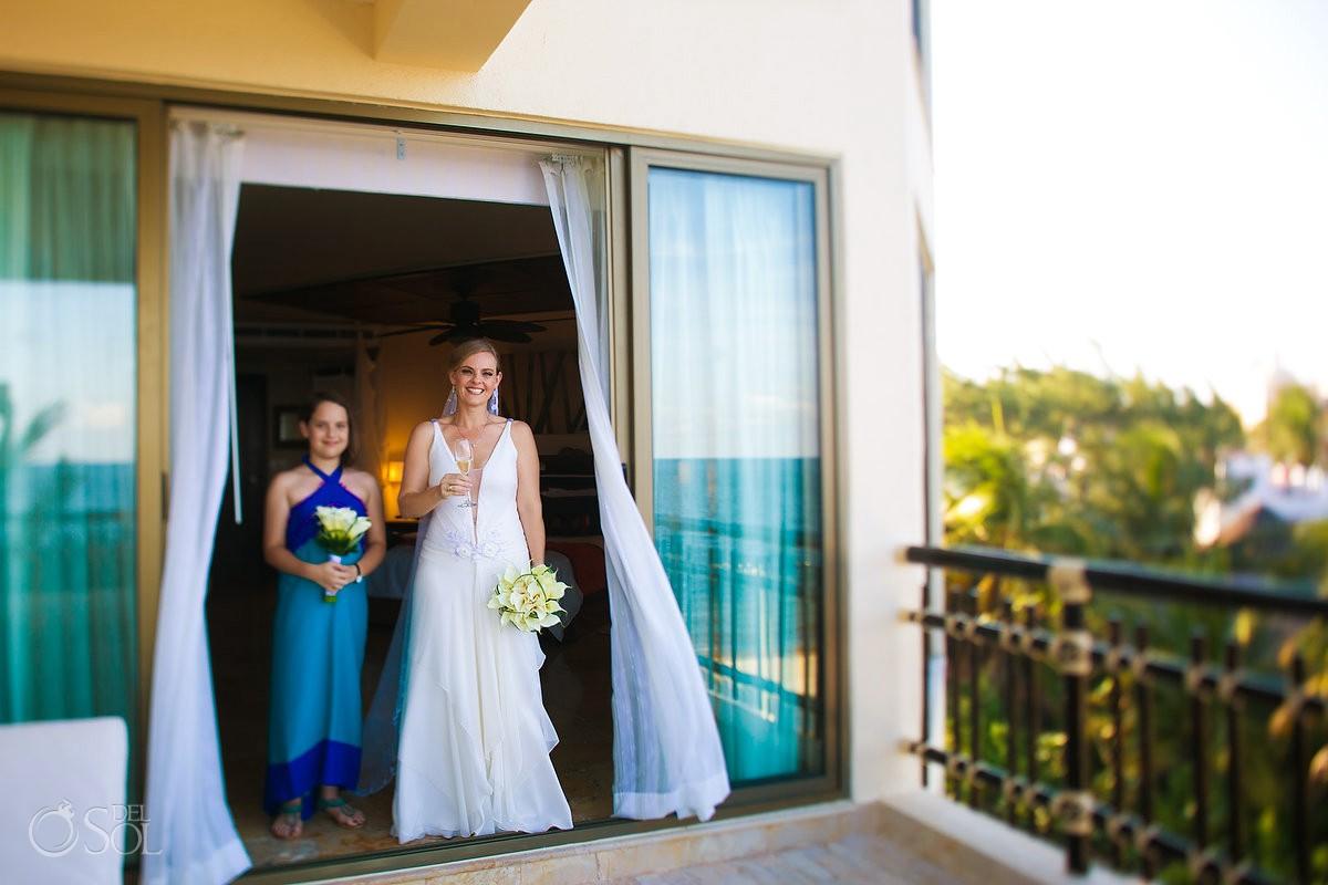 Bride wedding dress Erica flores designer Dreams Riviera Cancun Resort Mexico