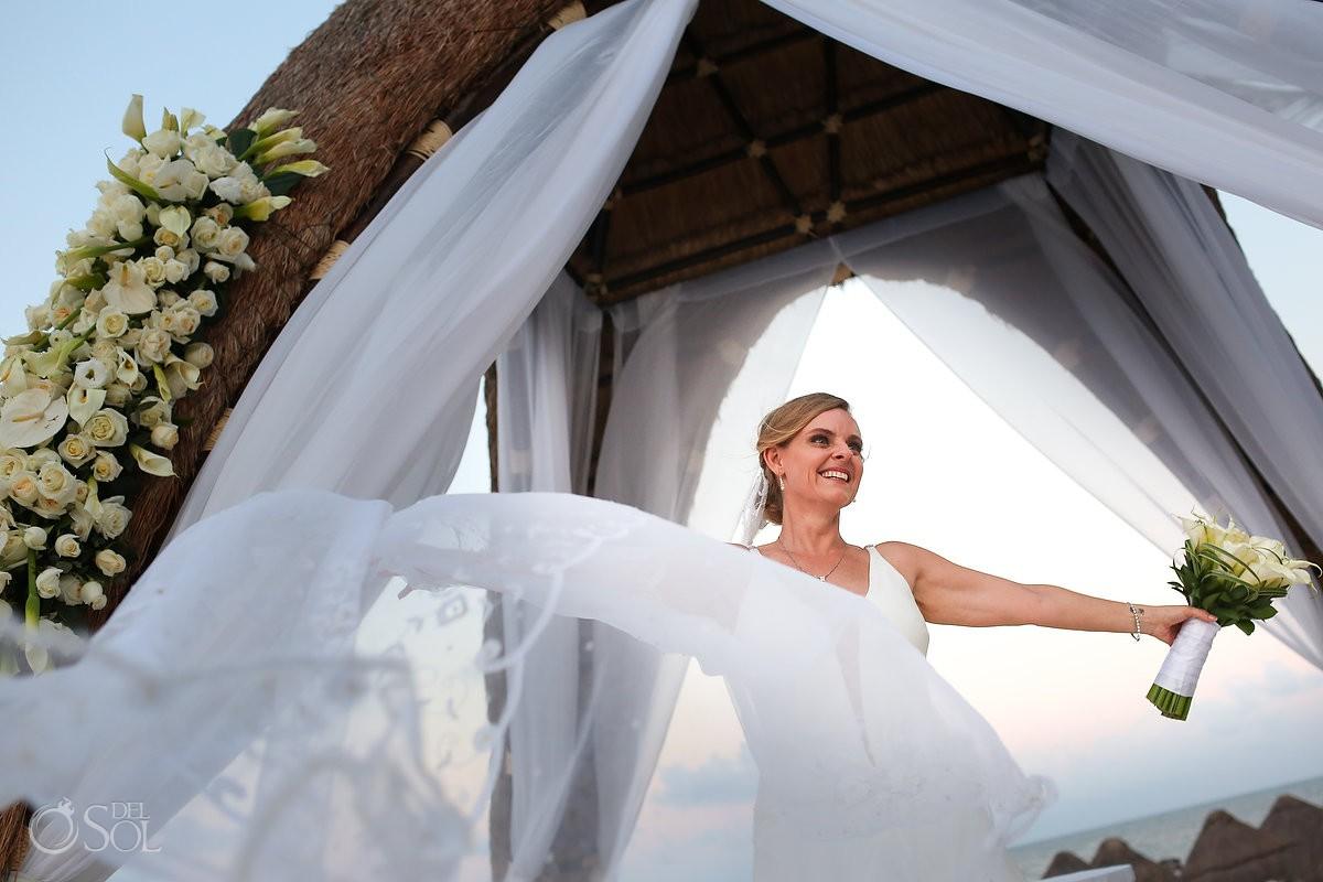 bride creative wedding portrait Dreams Riviera Cancun Resort Cancun Mexico