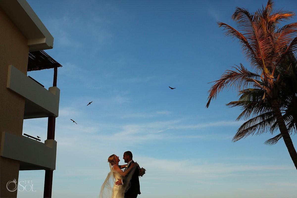 hidden beach wedding