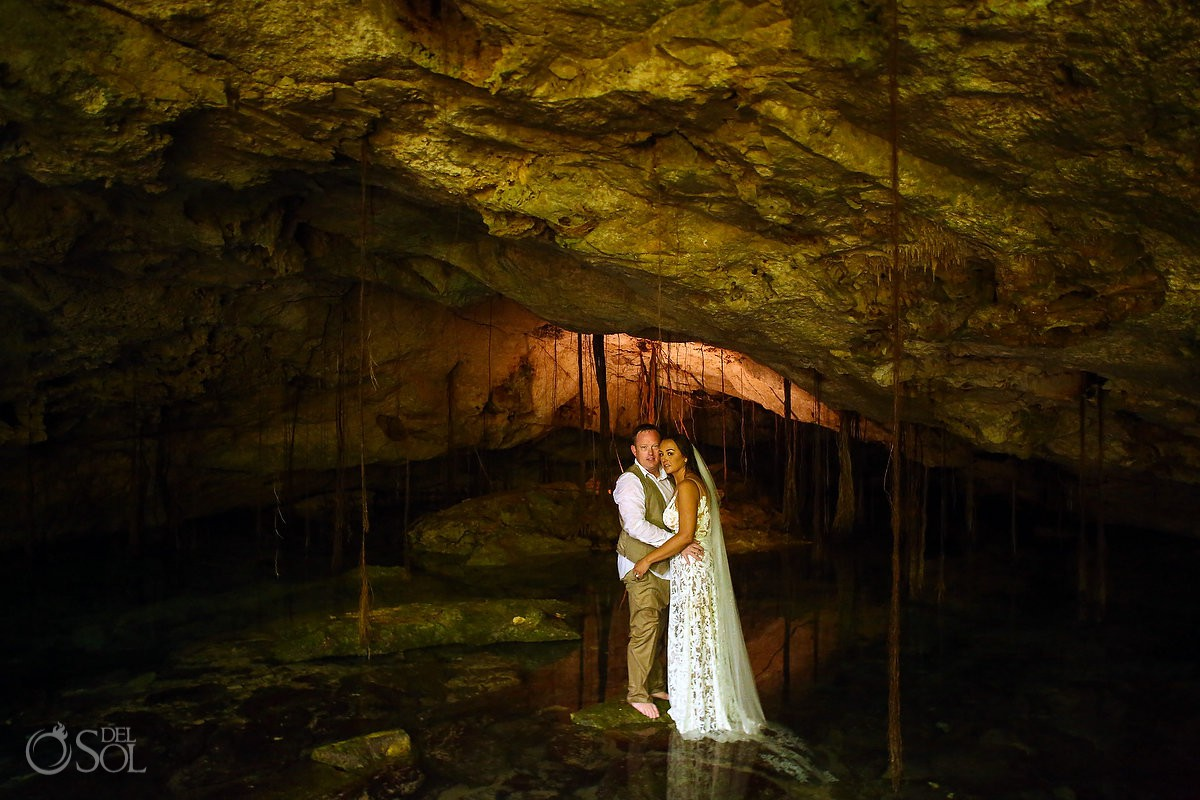 cenote underwater wedding photos