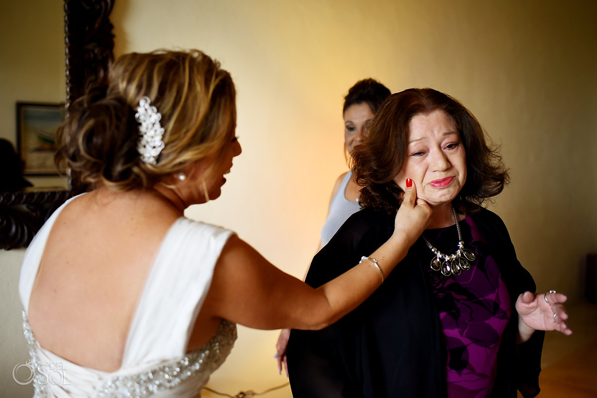 Hacienda Corazon Wedding emotional family moment getting ready
