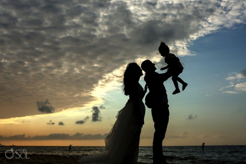 Mahekal family photos sunset silhouette Playa del Carmen Mexico #travelforlove