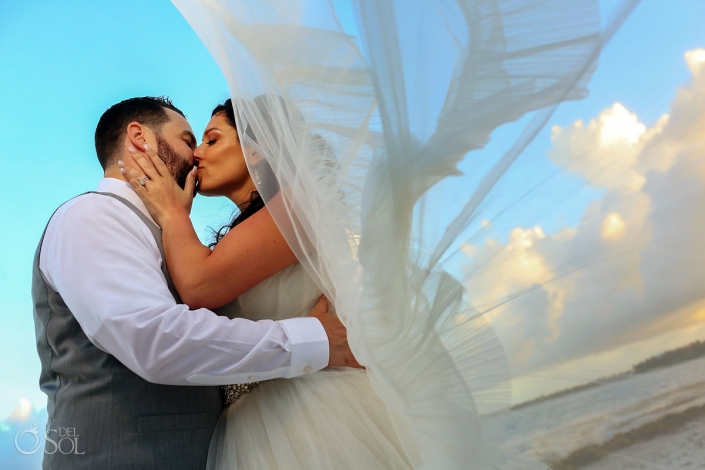 Amazing wedding portrait Secrets Akumal #TravelForLove