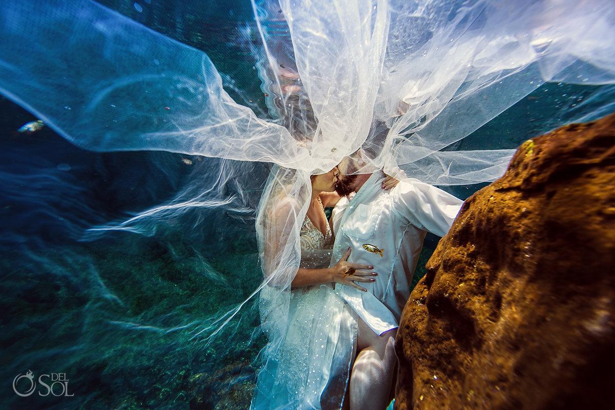 underwater bride long bridal veil cenote trash the dress Riviera Maya Mexico