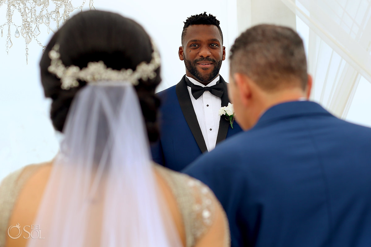 Groom First Look Emotional Moment Hall Altar Azul Fives Wedding A Suit That Fits
