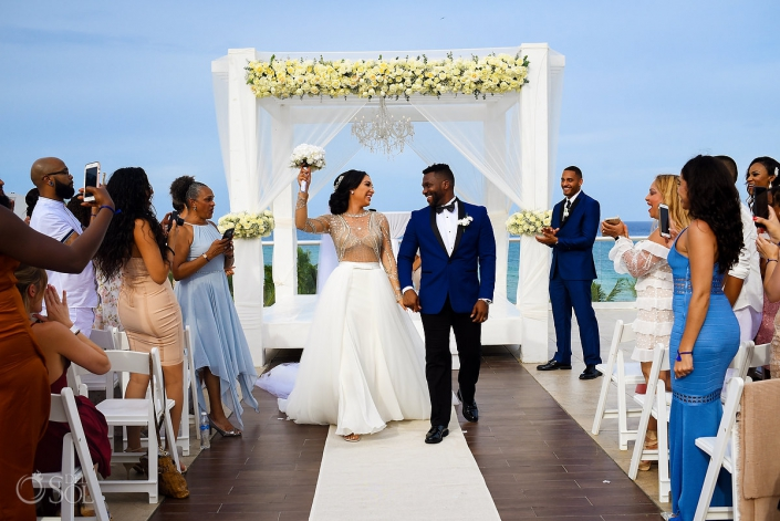 Azul Fives Wedding Just Married Couple Small Natural Bouquet Bride Wearing L'Fay Bridal Tulle Transparencies Embroidered Sparkling Stones Long Vail Groom wearing A Suit That Fits Azul Fives Sky Terrace