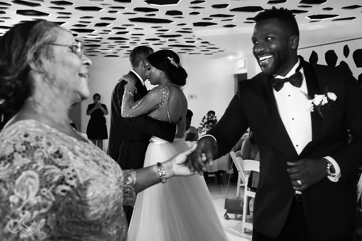 Black White Emotional Happy Newlyweds Mom Dad First Dance L'Fay Bridal Tulle Transparencies Embroidered Sparkling Stones Grooms A Suit That Fits Blue Dark Model Azul Fives Ball Room