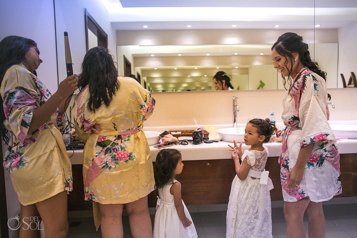Dreams Las Mareas Wedding getting ready