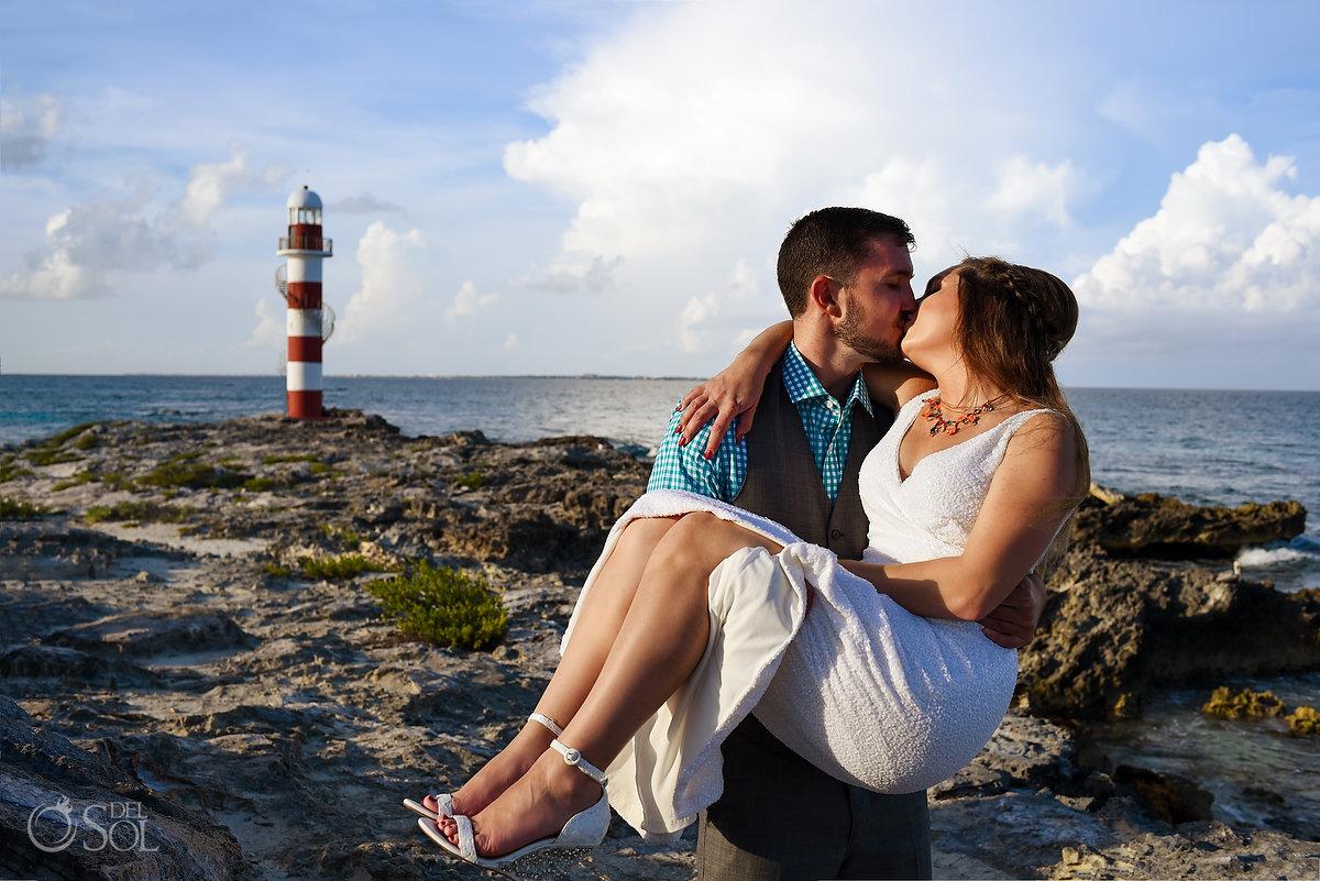 Hyatt Ziva Cancun Lighthouse wedding portrait