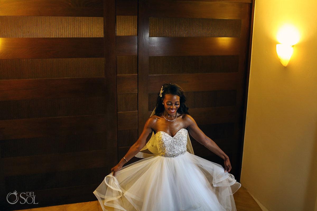 beautiful bride Grand Velas Wedding