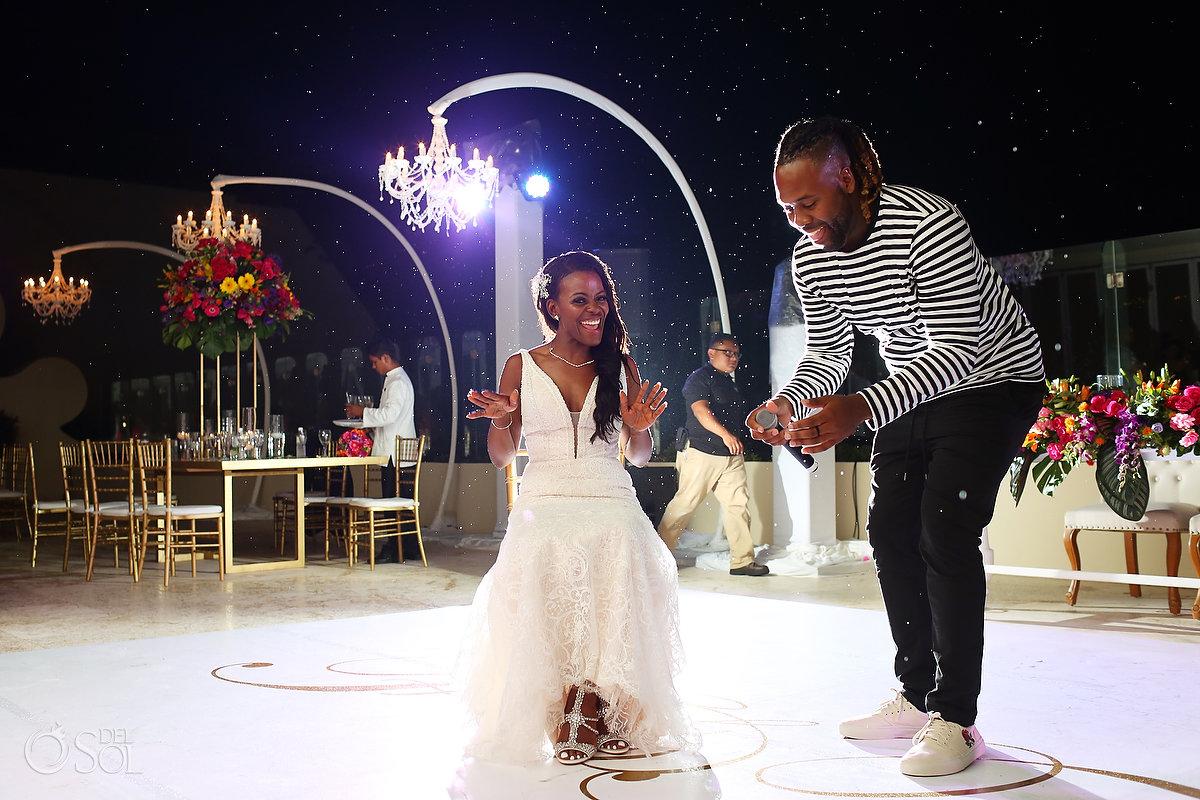 Grand Velas Wedding photo idea