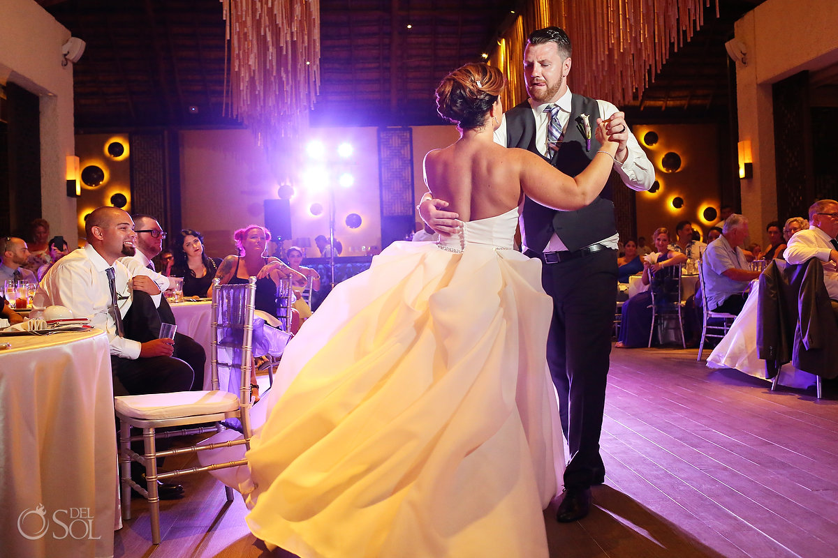 Playa del Carmen Wedding first dance Paradisus Gabi Club
