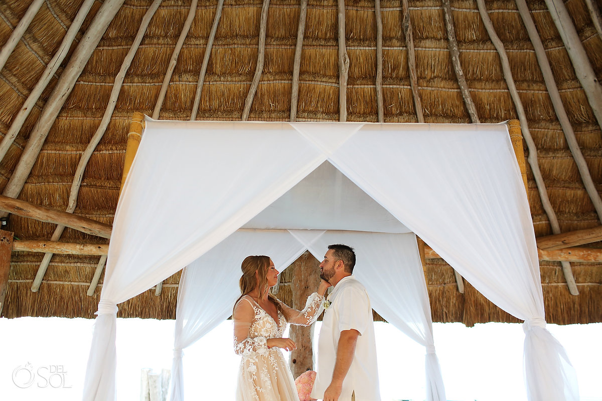 Elopement Ceremony Elope In Mexico Zoetry