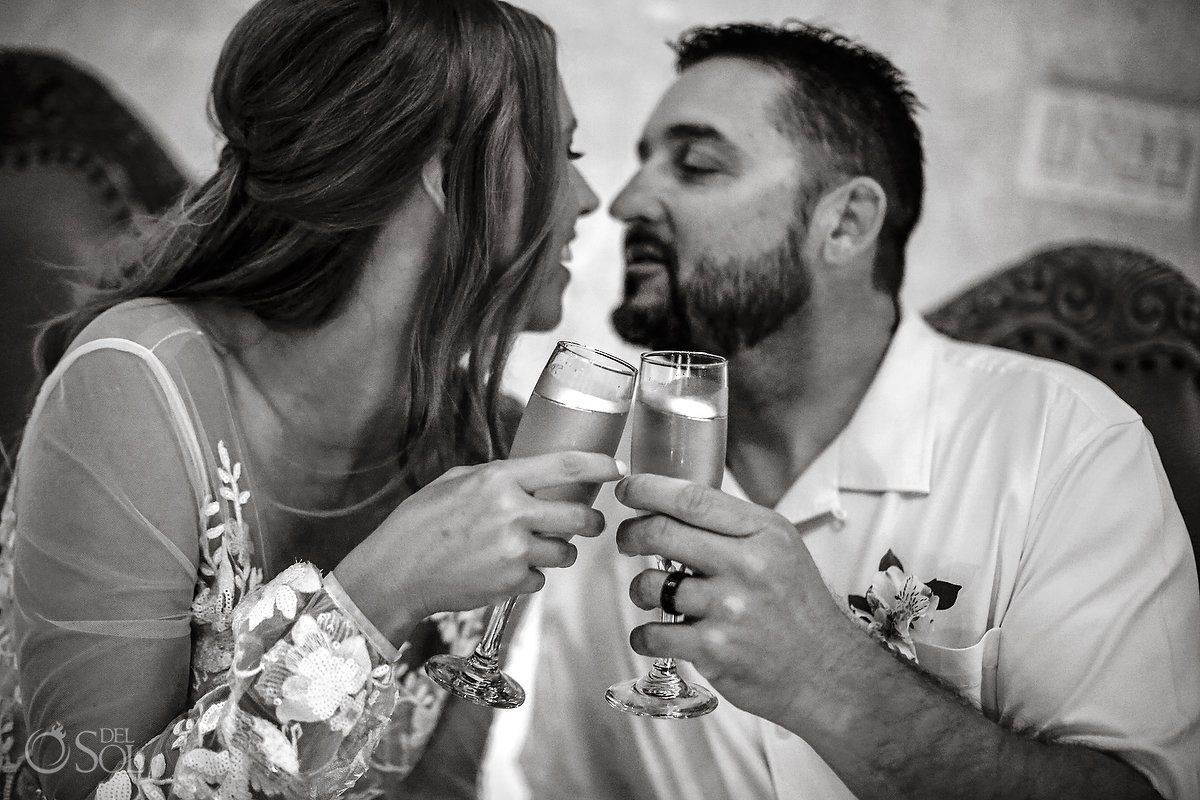 toasting love zoetry paraiso elope in mexico